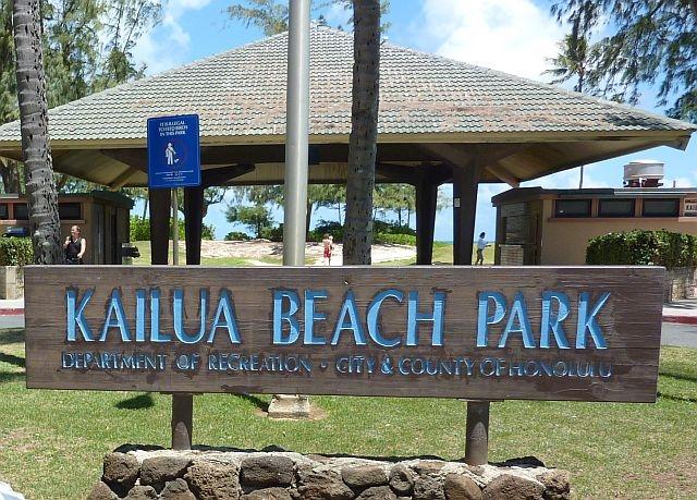 Kailuabeachparkfront