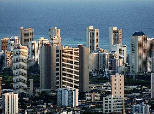 Waikiki building