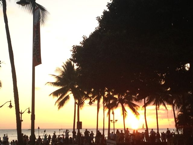 ワイキキビーチの夕日