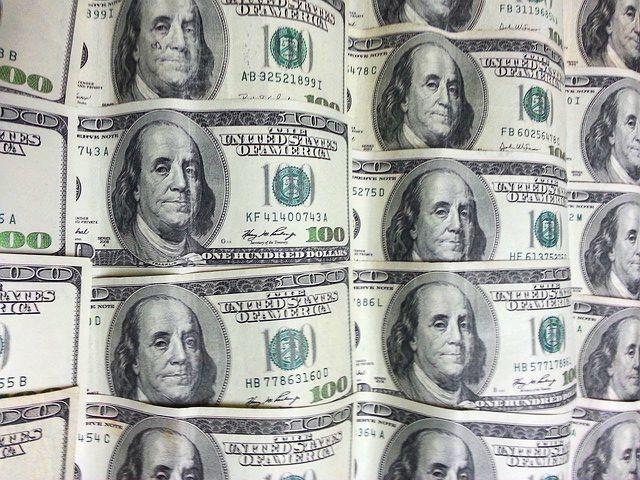 100ドル紙幣