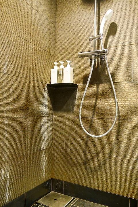 シャワーヘッド