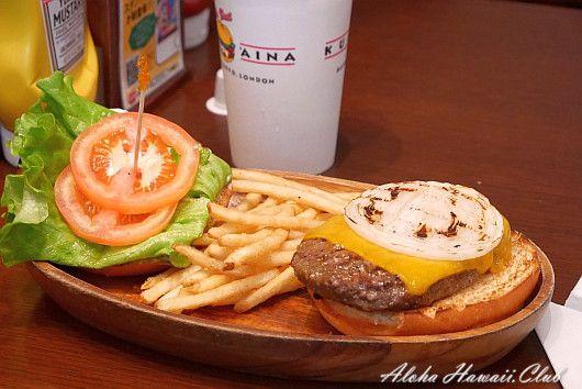 クアアイナ横浜店のハンバーガー