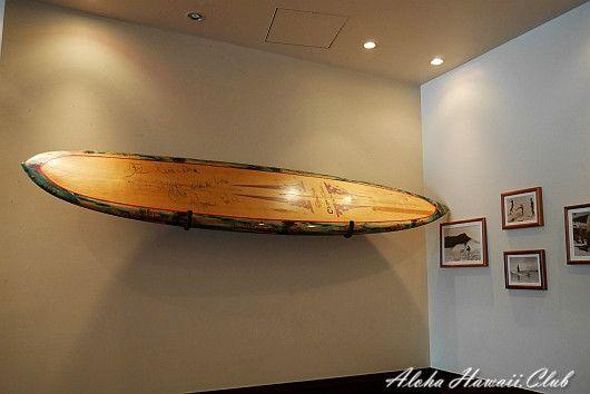 クアアイナ横浜店のロングサーフボード